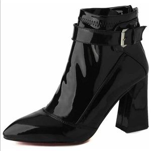 BRAND NEW WITH TAGS: black patent leather heels